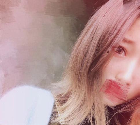 黎明故事贴:邂逅重庆女网红